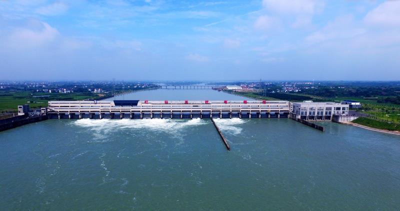 年度内再创新高!巨江航运公司下辖船闸过闸量突破两百万吨